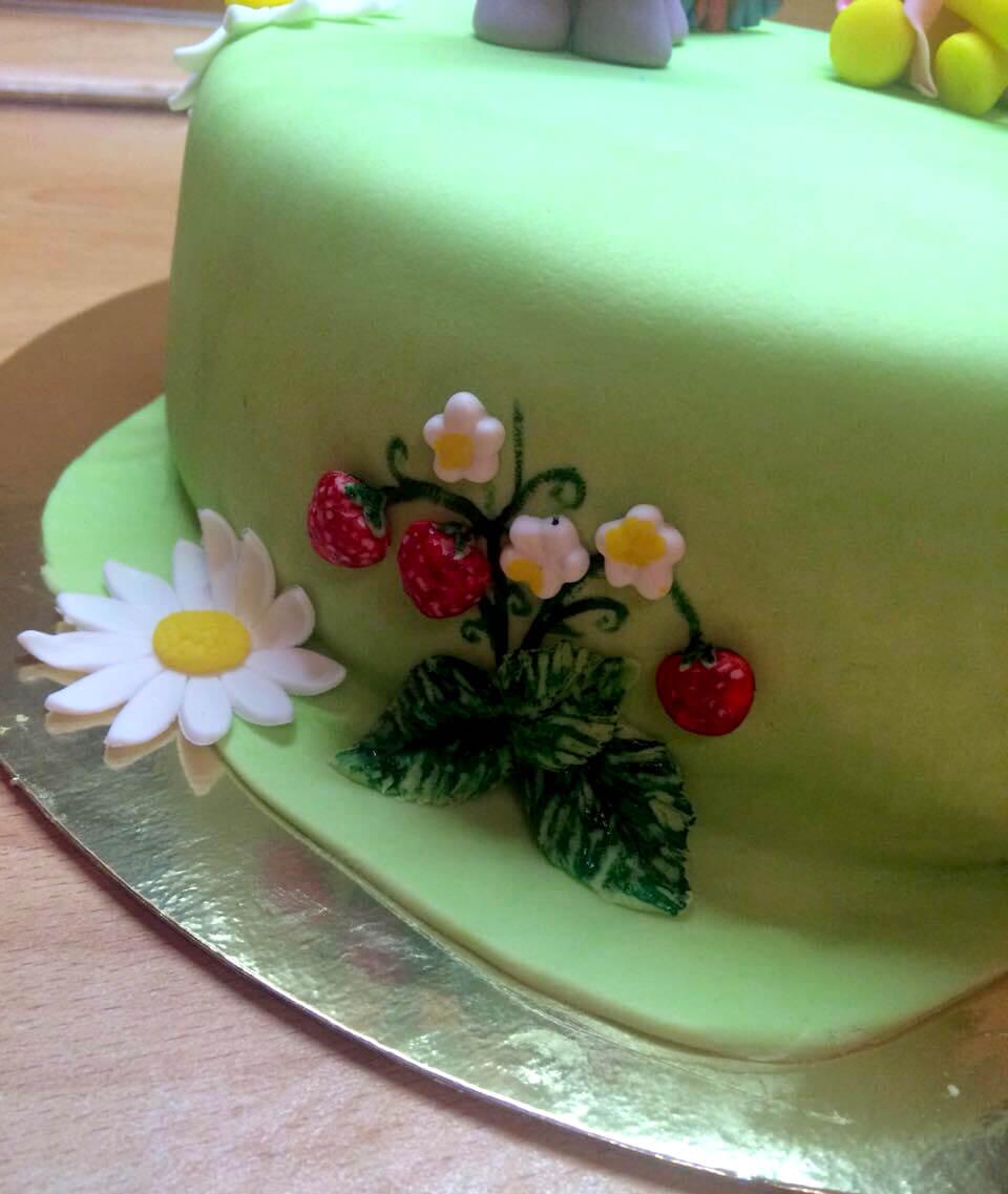 Уроки по украшению тортов мастикой для начинающих 24